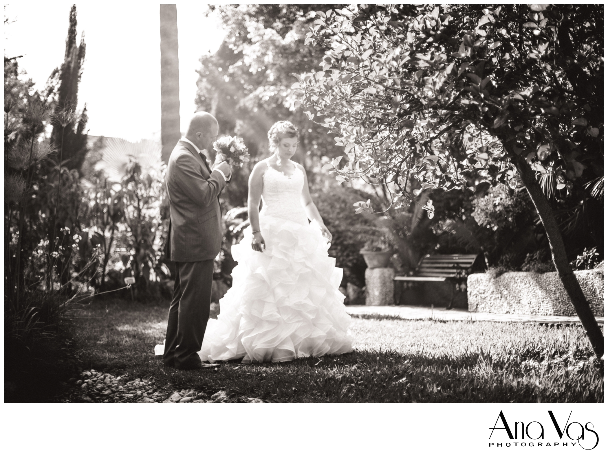 Bridal Portrait at the Alameda Gardens